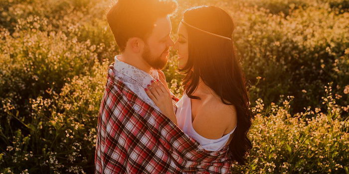 совместимость знаков зодиака водолей мужчина и дева женщина